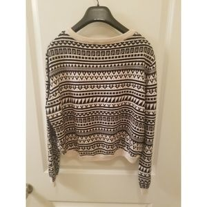 H&M Tops - H&M - Cropped Sweater